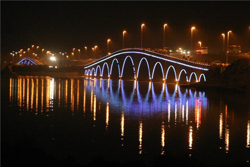 滨州中海风景区_中国旅游景点网; 《中海风景区》;