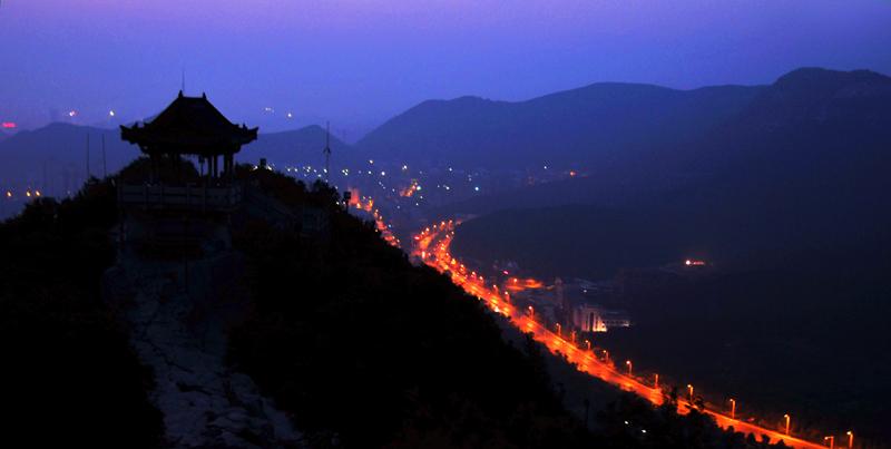 泉城夜景(二)