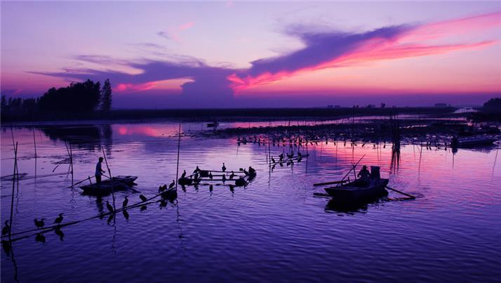 渔乡风景黑白画