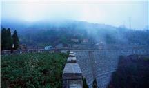雨雾九间棚