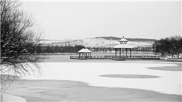 雪后汤泊湖