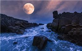 海上升红月