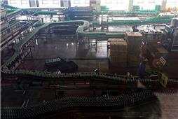 啤酒流水生产线