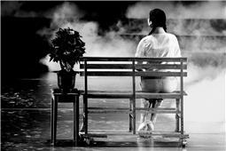 舞台艺术-芳华