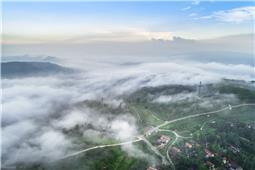 白云下面是家乡