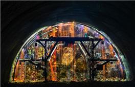 隧道焊花雨