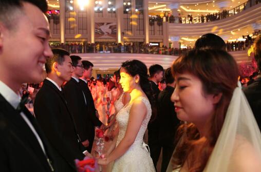 求一段婚礼上新郎对新娘的告白图片