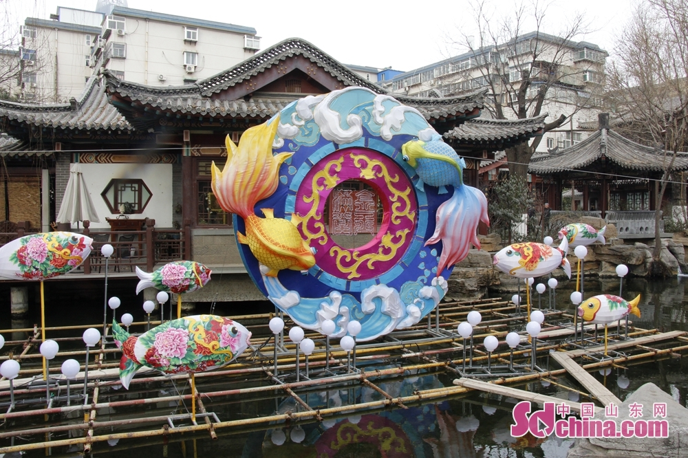 Lanterns highlight the culture of springs.<br/>