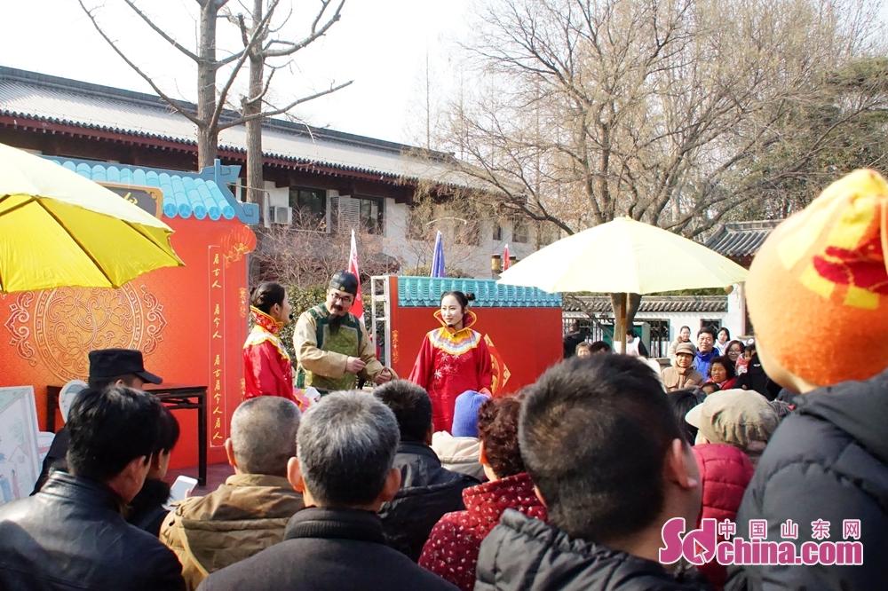 <br/>  第二十二届大明湖春节文化庙会今日启幕,庙会时间:2月16日(初一)至2月21日(初六)。