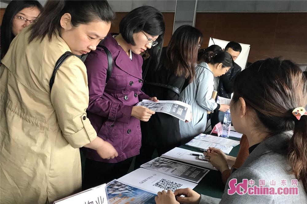 <br/>  济南,是兵员大市,也是驻军最多的地市之一,随军家属就业安置数量多、压力大、矛盾比较突出。<br/>