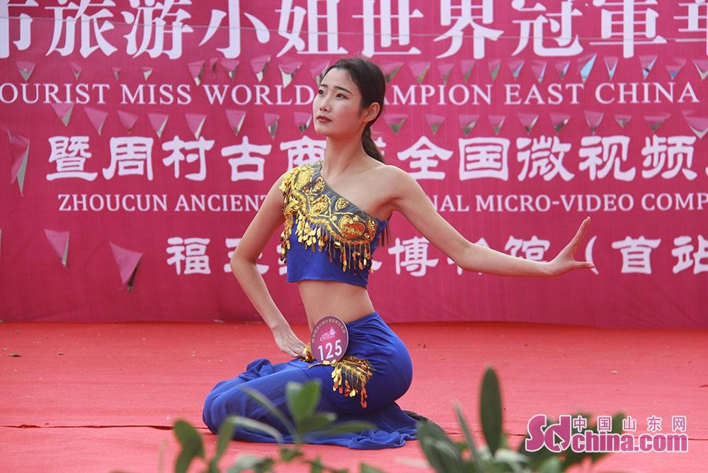 <br/>        参赛的旅游小姐她们不仅有美丽的外表。