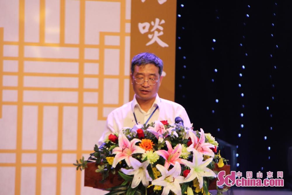 <br/>  中华女子学院女子国学教育与发展研究中心主任、社会学博士于光君谈&amp;ldquo;孟母的教育思想及其对现代家庭教育的启示&amp;rdquo;。