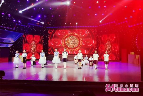 潍坊诸城睿智教育小学员走进山东电视台 参加2018端午节晚会录制