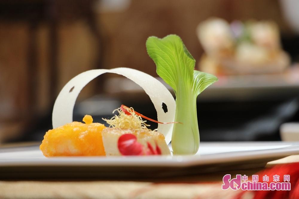 <br/>  这么美的孔府菜,你舍得下筷子吗?