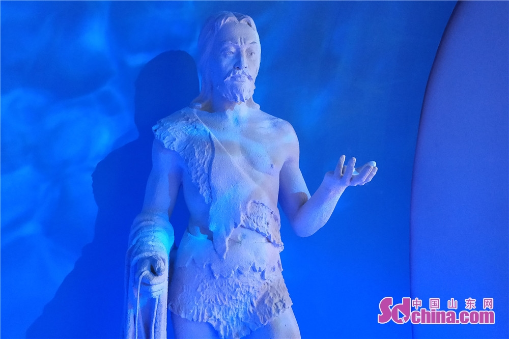 Photo taken on July 28 shows a salt sculpture in Dongying Salt Culture Museum. Dongying Salt Culture Museum,  the first such museum in Shandong started the soft opening in Dongying, east China&rsquo;s Shandong Province, on July 28, 2018.<br/>