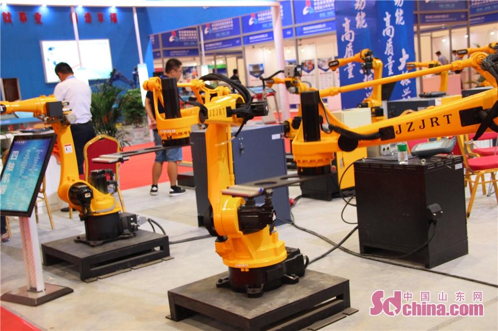 <br/>  据悉,第四届中日韩产业博览会第一届中日韩贸易投资洽谈会总体设置三大展览会、三大论坛、七大项目对接会。<br/>