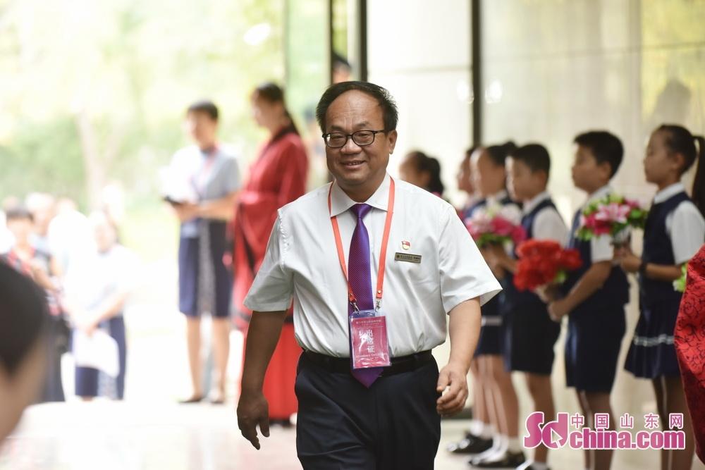 <br/>  齐文化研究院副院长、齐文化博物院院长马国庆。