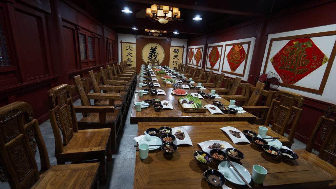 <br/>  9月12日~14日、聊城市観光発展委員会が主催した聊城観光ニューメディア取材活動は聊城で開催された。水滸宴を訪れた。