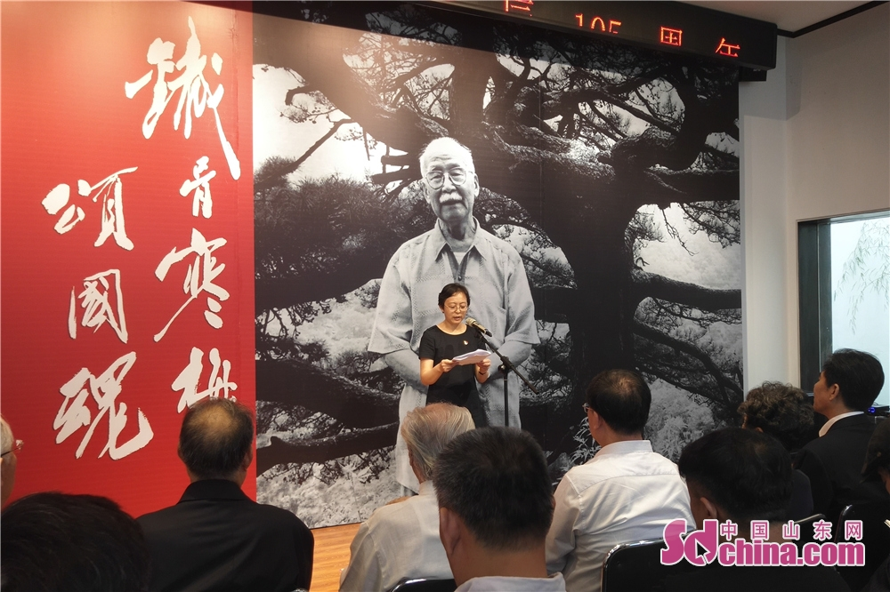 People attend the launch ceremony of Yu Xining&amp;rsquo;s Plum Blossom Artwork Exhibition. Yu Xining&amp;rsquo;s Plum Blossom Artwork Exhibition kicked off in Weifang Art Museum in Weifang, Shandong Province on Sept. 18, 2018.<br/>