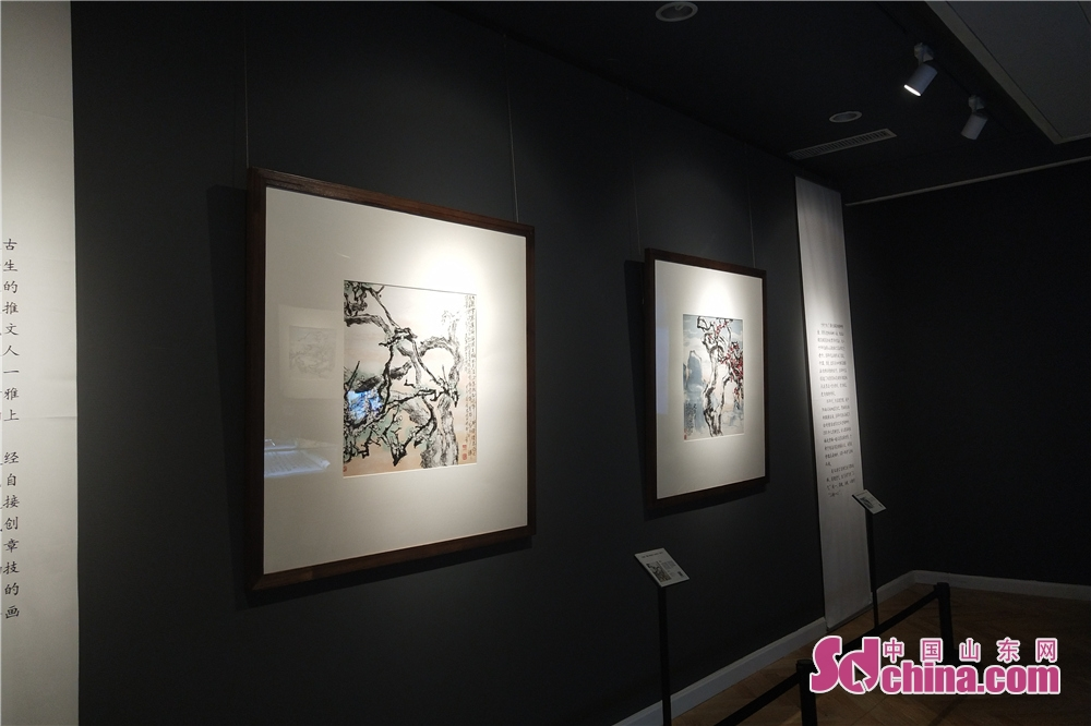 Artworks are seen at Yu Xining&amp;rsquo;s Plum Blossom Artwork Exhibition. Yu Xining&amp;rsquo;s Plum Blossom Artwork Exhibition kicked off in Weifang Art Museum in Weifang, Shandong Province on Sept. 18, 2018.<br/>