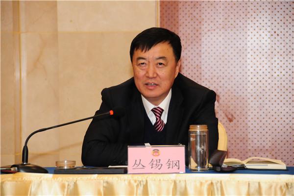 丛锡钢参加市政协十二届三次会议中共界别分组讨论
