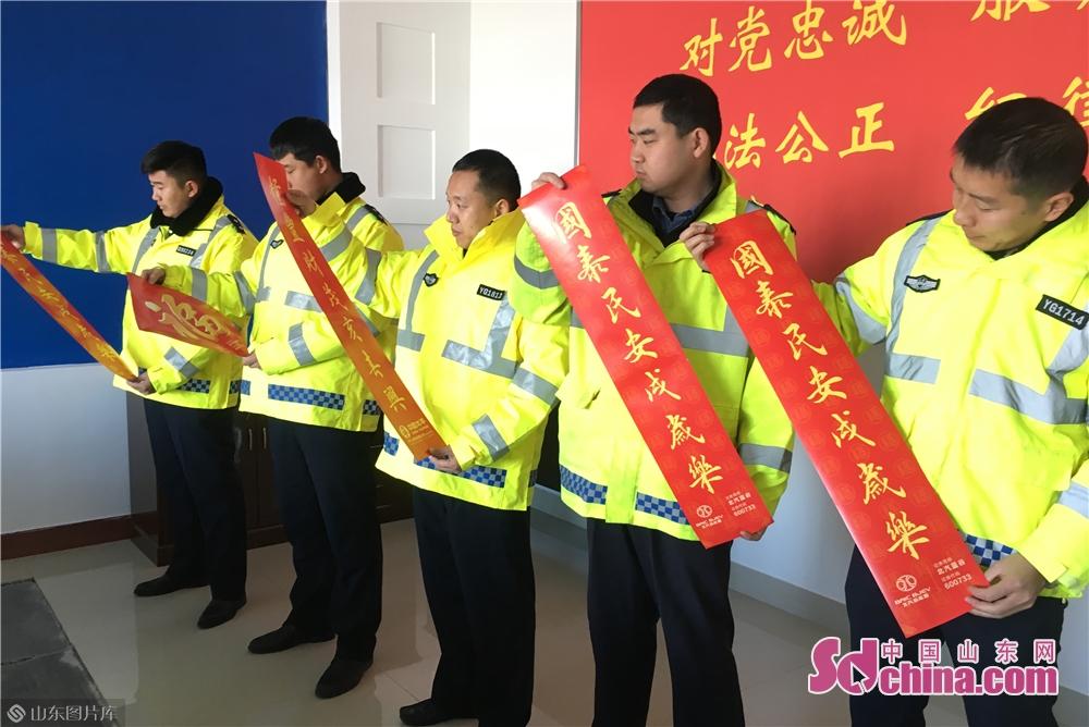 烟台高速交警支队福山大队有2个勤务中队,担负着辖区沈海、荣乌、疏港高速共计70余公里的路面管辖任务。<br/>