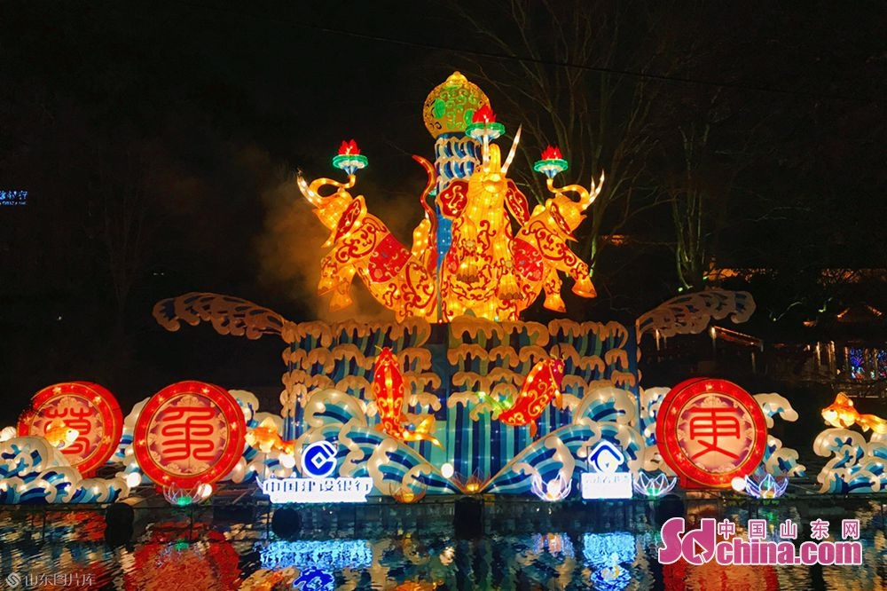 Photo taken on January 27, 2019 shows a set of lanterns in Baotu Spring Park in Jinan, capital of Shandong Province. The 40th Baotu Spring Lantern Festival, highlighting the city&amp;rsquo;s feature of springs and contemporary spirit, is set to raise the curtain in Jinan on February 5, the day of Spring Festival.<br/>