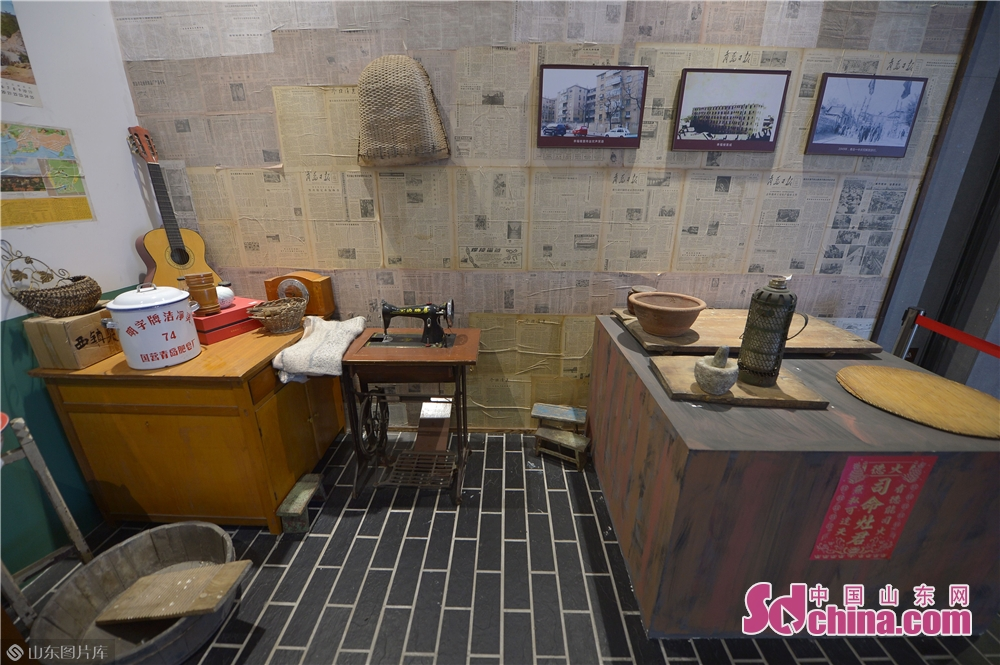Old furniture is seen in Xizhen Museum of Qingdao, east China's Shandong Province on January 28, 2019. The Intangible Cultural Heritage Exhibition kicked off here on Monday to greet the Chinese Lunar New Year, which falls on Feb. 5 this year.