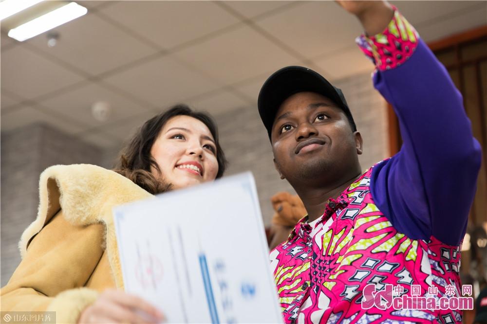 <br/>  &ldquo;我们成功了,是学院的领导和老师们,给了我们敢于挑战的勇气、超越自我的信心和能够做到最好的信念。&rdquo;山东理工职业学院留学生代表马马杜在1月8日的学院首批留学生结业典礼中说。