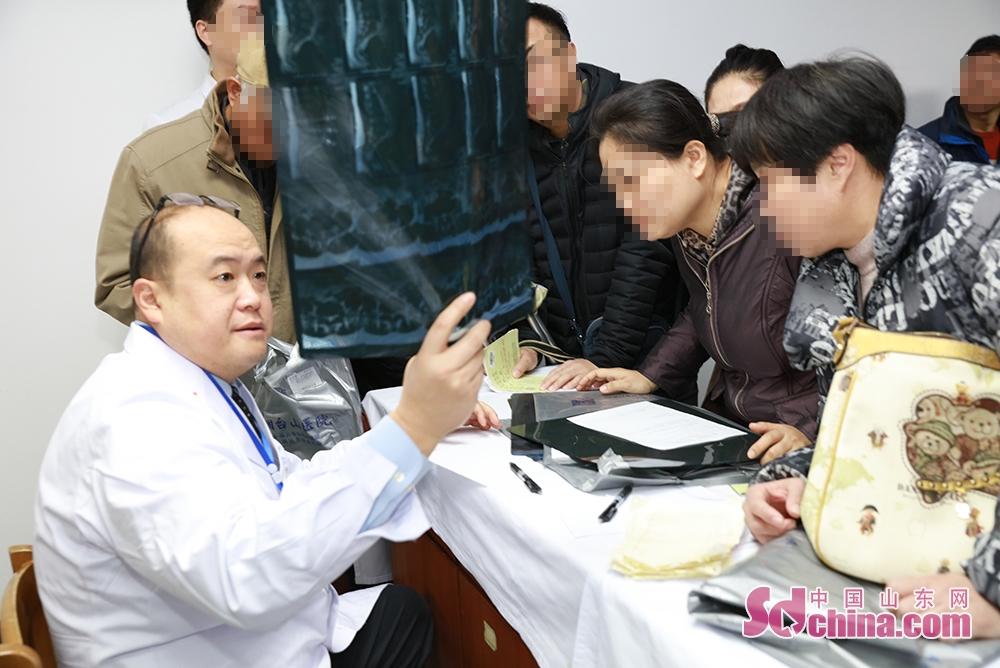 <br/>  据了解,此次义诊专家均来自北京大学第三医院、北京积水潭医院、成都大学附属医院、上海市第六人民医院等国内著名医疗机构,包含脊柱外科、骨关节科、手足外科、创伤骨科以及运动医学科等。<br/>