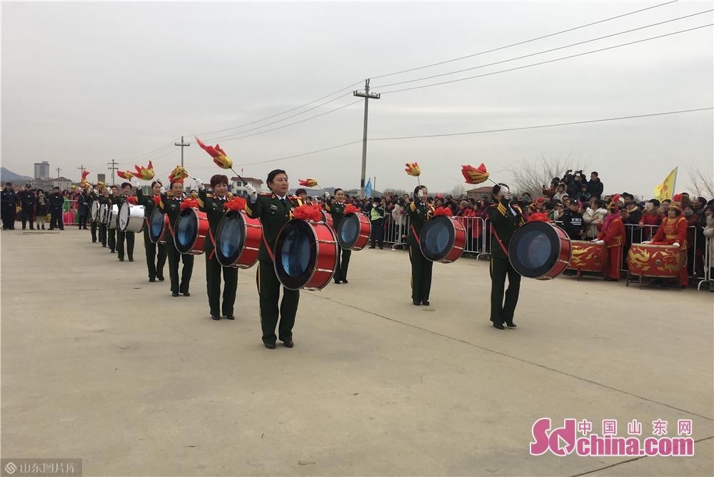 <br/>        2015年,烟台经济技术开发区被授予&amp;ldquo;中国渔灯文化之乡&amp;rdquo;称号,成为全国唯一一个创建国家级渔灯文化之乡的开发区,而渔灯节的真正起源地则是八角下刘家渔业村。<br/>
