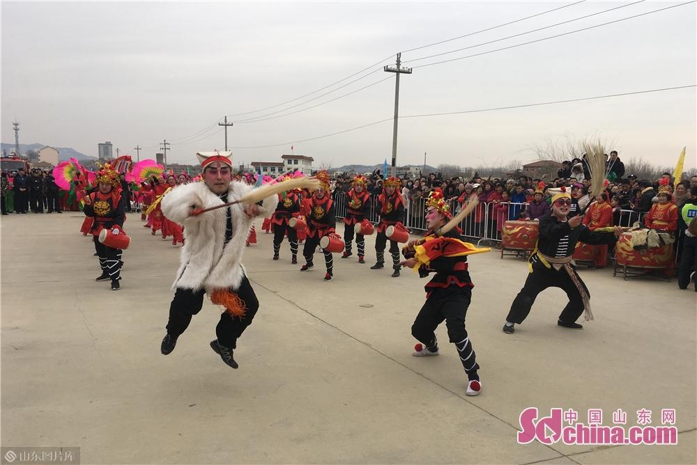 <br/>        渔灯节是沿海渔家文化的典型代表,距今已有500多年的历史,是烟台市开发区的传统民俗节日,现为国家级非物质文化遗产。<br/>