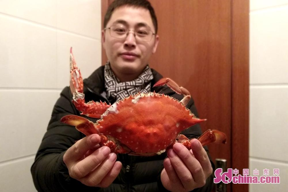 <br/>  肥美的海蟹积攒了一个冬天的美味,膏脂醇厚,令人食指大动。<br/>