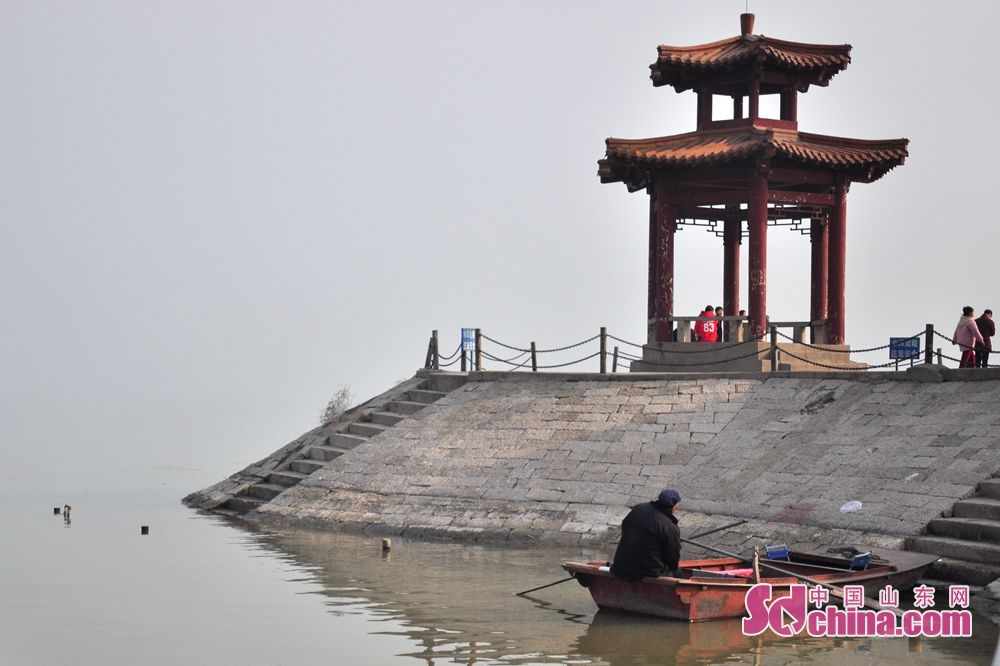 People visit Lashan National Forest Park in Dongping County in Tai&rsquo;an, east China&rsquo;s Shandong Province on Feb. 8, 2019.<br/>