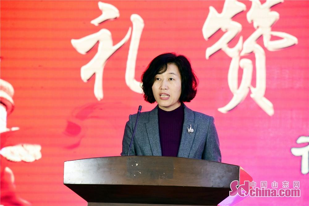 2019年3月6日,山东省茌平县妇联主席靖志敏在会上讲话。