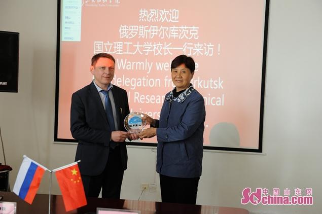 俄罗斯伊尔库兹克国立理工大学代表团到山东协和学院访问