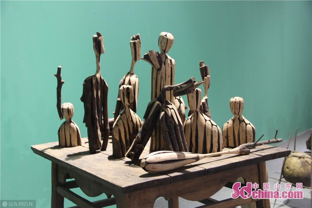 <br/>  多地域和多个国内外美院艺术家的展区,像是多个开放的&ldquo;盒子&rdquo;的集合。<br/>