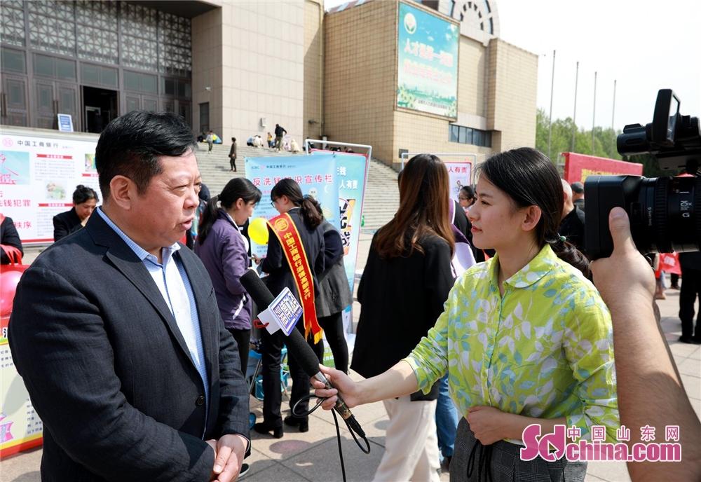 <br/>  中国工商银行淄博分行纪委书记段军接受媒体采访<br/>