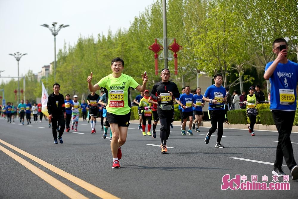 图为马拉松选手。<br/>