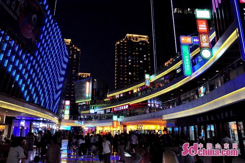 <br/>  作为点亮市北&ldquo;夜经济&rdquo;的一张新名片,台柳路1907音乐街将以酒吧、live house、露天舞台和音乐教育机构等为依托,打造青岛国际时尚文化新地标,在繁荣新都心商圈的同时,更为岛城&ldquo;夜经济&rdquo;增添靓丽的色彩。<br/>