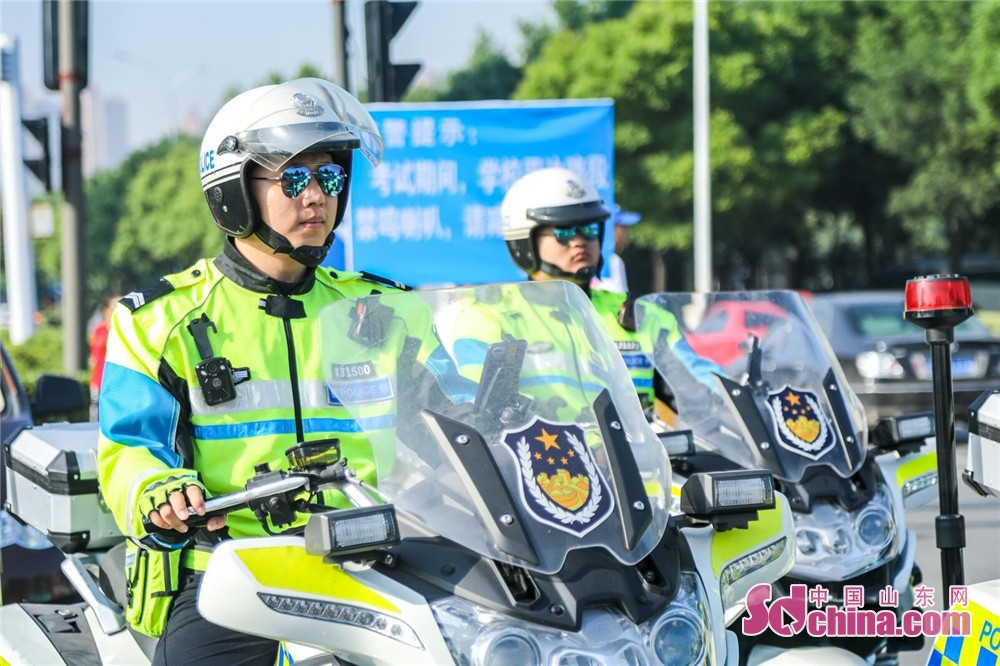 <br/>   张店大队提前部署警力在考场周边相关路段、路口。