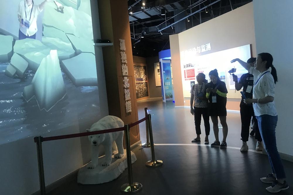 """""""蛟龙""""深潜神器、神秘的鲸鱼 探秘全国海洋科普馆NO1"""