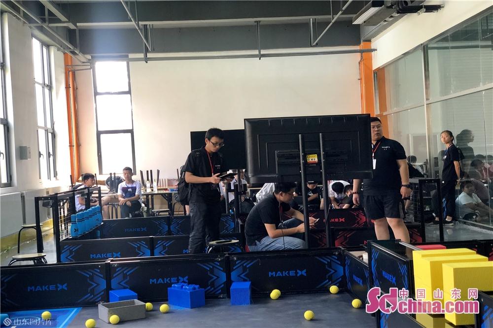 <br/>  据悉,由中国科学技术协会、工业和信息化部、北京市人民政府等单位主办的世界机器人大会已成功举办了四届。<br/>