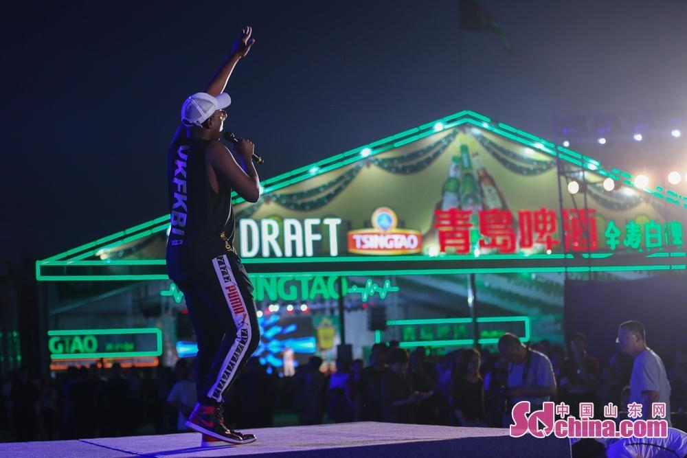 首届黄河口(东营)国际啤酒美食节为期17天,是一场集啤酒、美食、文化、娱乐、旅游等多种元素为一体的活动。<br/>