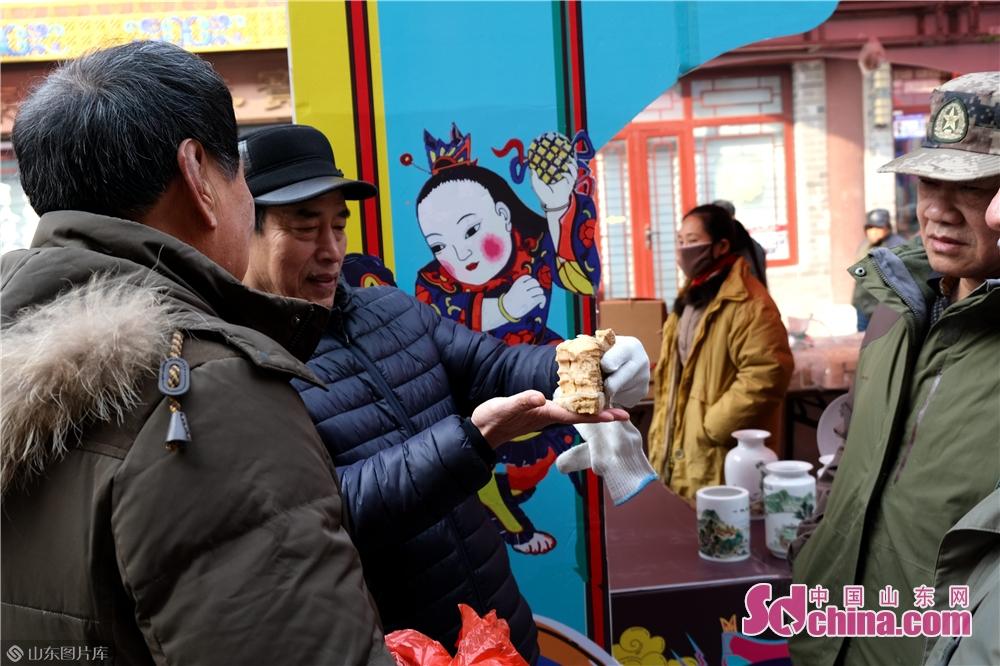<br/>  潍坊十笏园文化街区作为潍坊市文化资源的重要集聚区,多年来,在传承发展优秀传统文化方面发挥了重要作用。<br/>