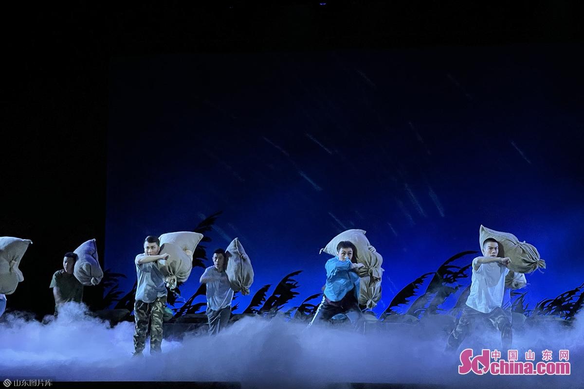 """目前已申报山东省委宣传部""""2020年度优秀文艺作品入库项目孵化项目""""和文化旅游部""""2020年度剧本扶持工程""""、""""庆祝中国共产党成立100周年舞台艺术精品创作项目""""。"""
