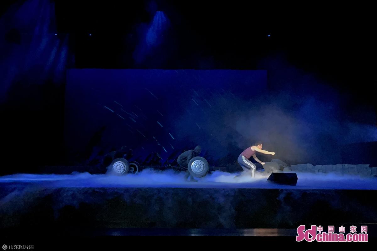 该剧演员全部由安丘市京剧团毕业于中国戏曲学院附中的优秀青年骨干担纲。<br/>