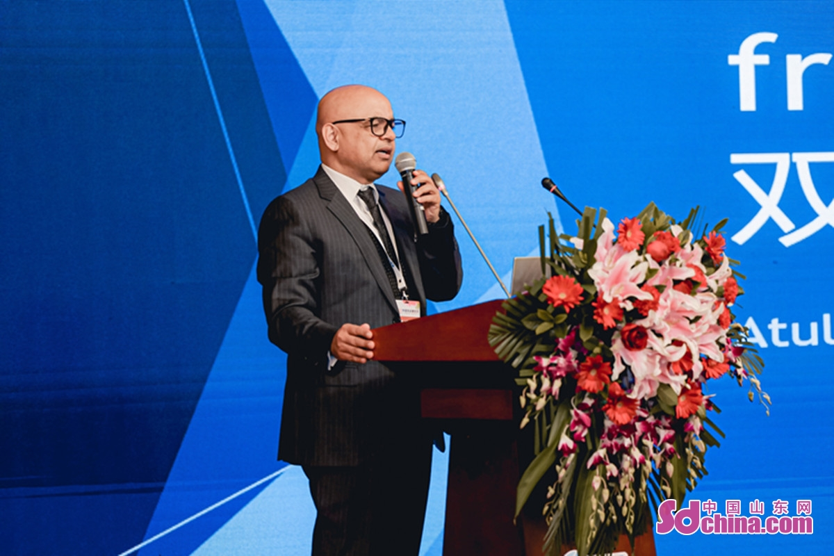 The 2020 Quality Export Products Exhibition came to a successful end on Dec. 20 in Jinan, China's Shandong province. With a total exhibition area of 15,000 square meters, the exhibition aims to help foreign trade enterprises expand their market in China and promote the upgrading of domestic consumption.