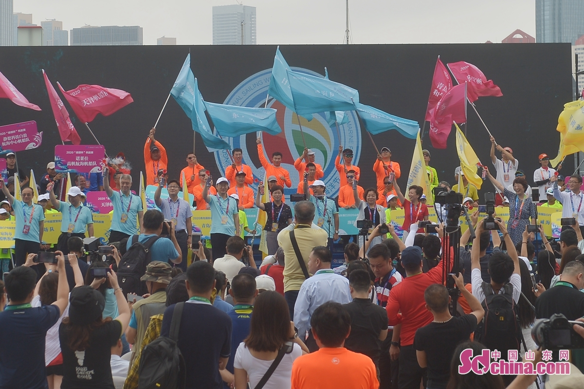 <br/>  8월8일 2020제12회 칭다오 국제 범선주 칭다오 국제 해양 축제 활동은 개막했다. 이번 대회에서 7개 범선 경기가 열릴 것이다.