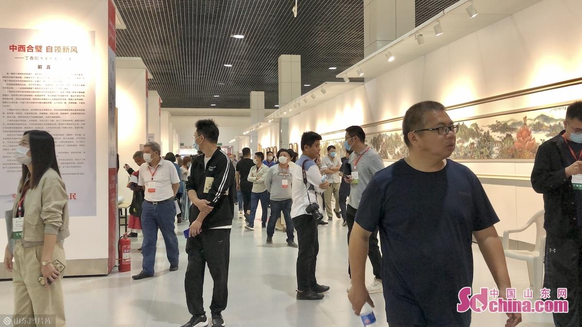 한묵청주&middot;중국서화연회는 2013년부터 처음 성공적으로 개최되는 지 올해는 제8회 거행됐다.<br/>